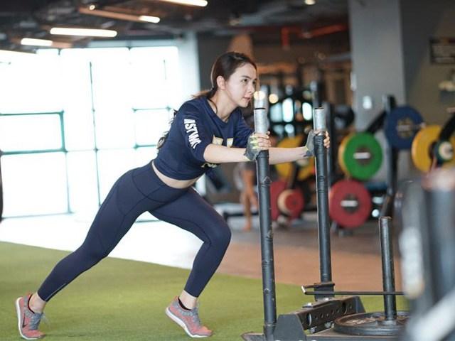 Không tự nhiên mà đẹp: Sao Việt khóc ròng vì tập gym để có được thân hình mơ ước - Ảnh 6.