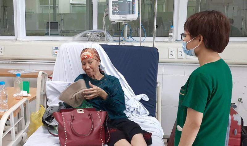Hôm nay, bệnh nhân 19 chính thức xuất viện và được trở về nhà tại TPHCM - Ảnh 2.