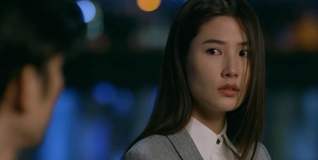 """Tình Yêu Và Tham Vọng: Minh đính hôn với Tuệ Lâm, ai cũng tò mò """"quà đặc biệt"""" từ Phong - Ảnh 7."""