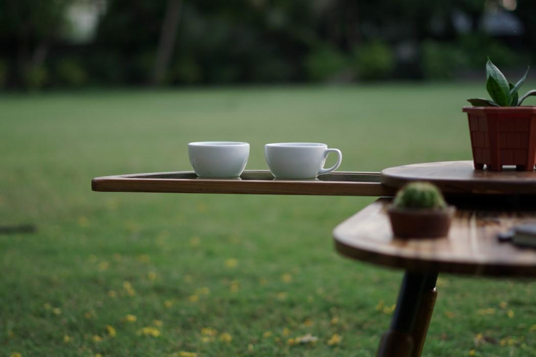 Thiết kế độc đáo như chú bọ cánh cứng, chiếc bàn trà ăn gian diện tích được lòng hội chị em sở hữu nhà nhỏ hẹp - Ảnh 5.