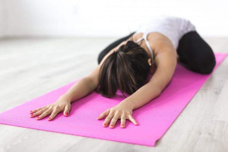 Điểm danh 4 tư thế yoga cho nam giới nên được luyện tập thường xuyên - Ảnh 1.