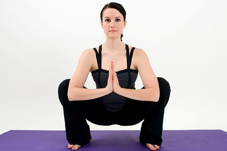 Điểm danh 4 tư thế yoga cho nam giới nên được luyện tập thường xuyên - Ảnh 4.