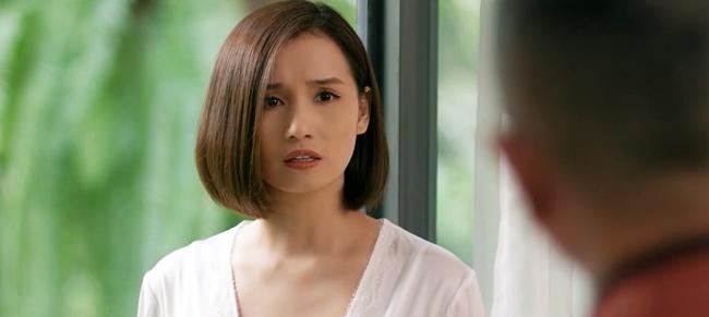 """Tình Yêu Và Tham Vọng: Minh đính hôn với Tuệ Lâm, ai cũng tò mò """"quà đặc biệt"""" từ Phong - Ảnh 6."""