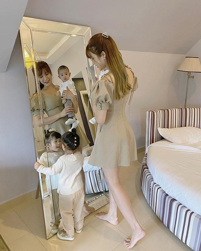 Giàu nứt vách, mẹ con Diệp Lâm Anh mỗi khi diện đồ đồng điệu lại trông giản dị khó tin - Ảnh 5.