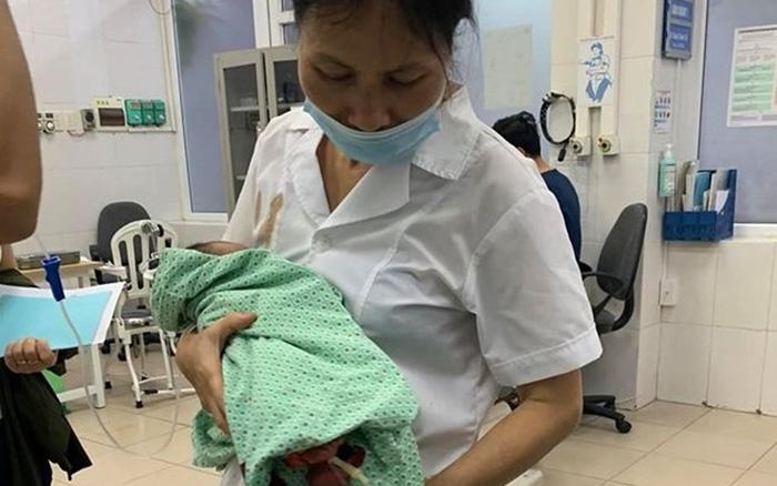 Sức khỏe của bé sơ sinh bị bỏ rơi ở ở hố gas, cơ thể đầy dòi hiện như thế nào? - Ảnh 1.