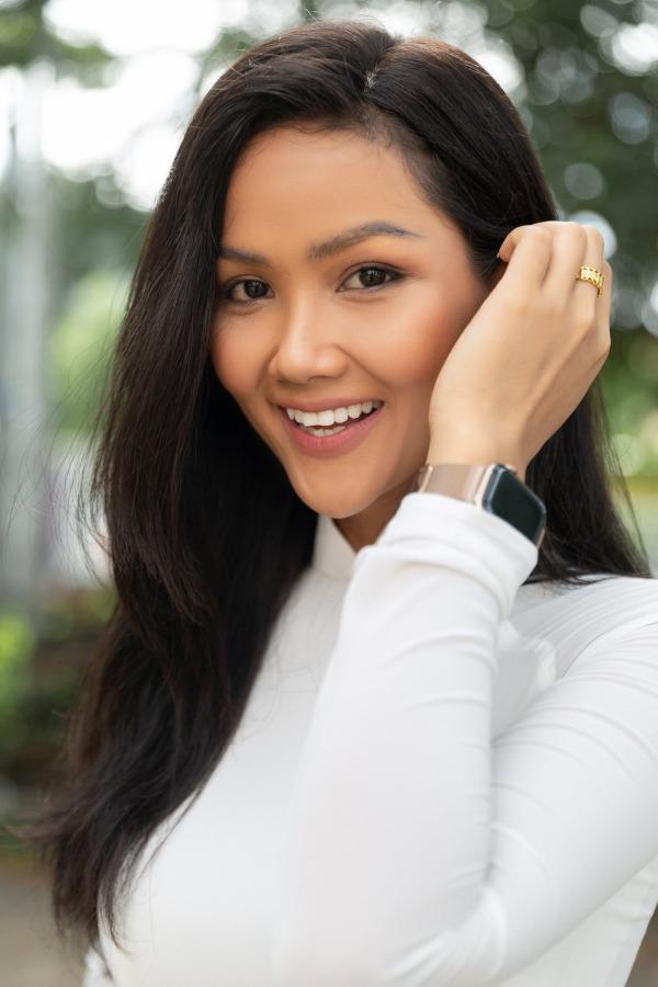 """Chỉnh sửa hàm răng """"sương sương"""", dàn Hoa hậu Việt Nam lên hương nhan sắc thấy rõ - Ảnh 7."""