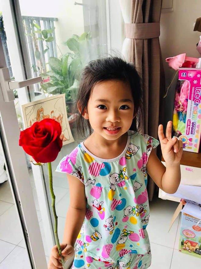 Bố mẹ Phùng Ngọc Huy cúng 100 ngày cho Mai Phương dù cô chưa từng làm dâu trong nhà - Ảnh 4.