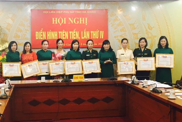 Hà Giang: Vinh danh 53 tập thể, cá nhân phụ nữ tiêu biểu trong phong trào Thi đua yêu nước - Ảnh 1.