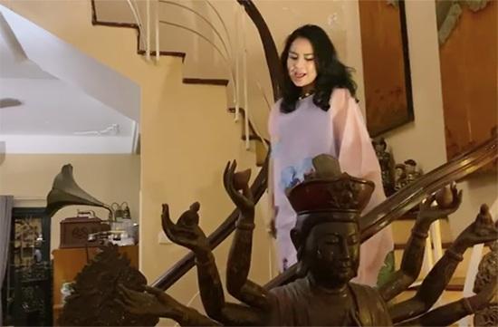 Trầm trồ trước không gian sống tràn ngập tượng Phật của Diva Thanh Lam và mẹ - Ảnh 5.