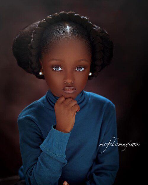 Cuộc sống sang chảnh của cô bé châu Phi đẹp nhất thế giới sau 2 năm nổi tiếng - Ảnh 2.