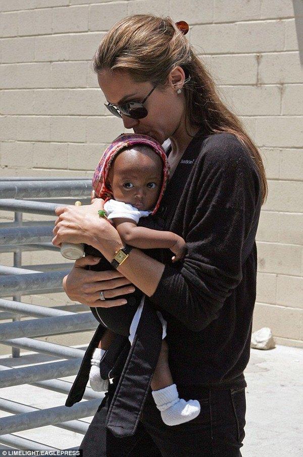 """Không phải con trai gốc Việt Pax Thiên, đứa con này mới được mẹ Angelina Jolie gọi là """"phi thường"""" - Ảnh 7."""