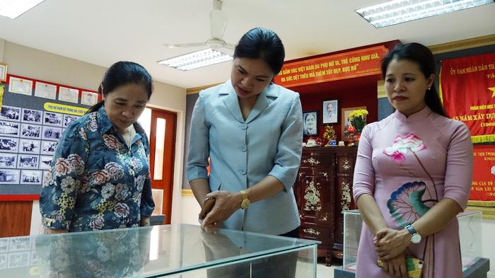 """Nguyên Chủ tịch nước Nguyễn Minh Triết: """"Làm phim về nữ tù chính trị là một cách tri ân sâu sắc"""" - Ảnh 3."""