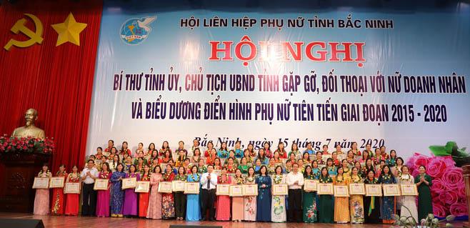 Bắc Ninh: Biểu dương 90 điển hình phụ nữ tiên tiến giai đoạn 2015-2020 - Ảnh 3.