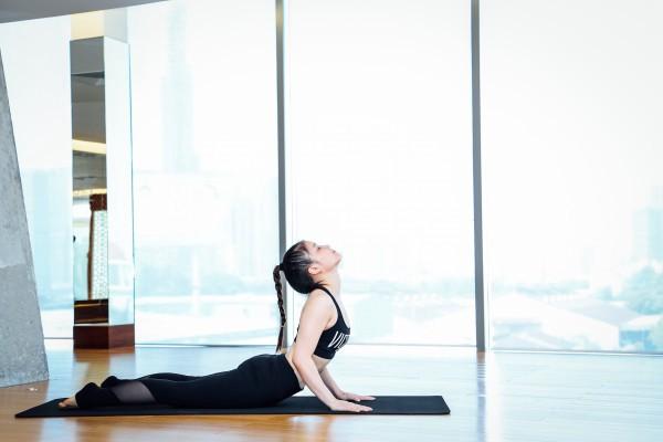 Những thói quen sai lầm khi tập yoga có thể bạn đang mắc phải - Ảnh 2.