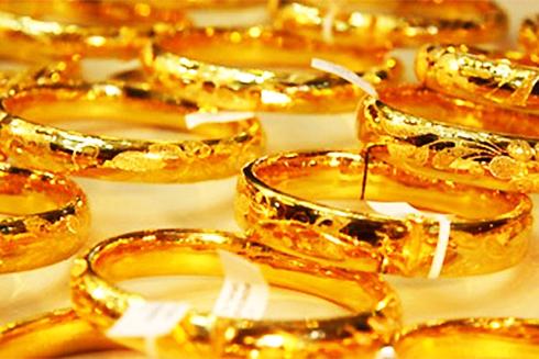 Tăng thêm 2 triệu đồng/lượng, giá vàng trong nước tiến sát ngưỡng 55 triệu đồng - Ảnh 1.