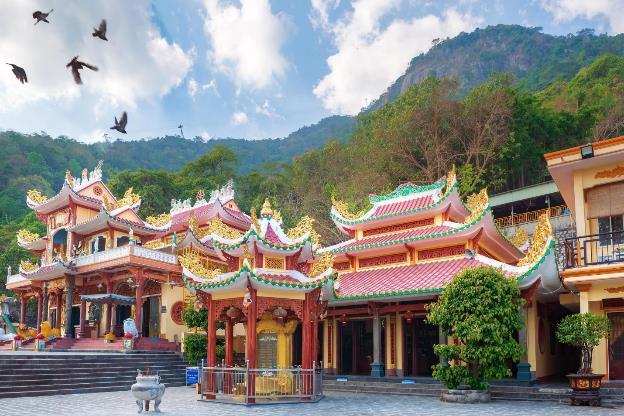 Vì sao Núi Bà trở thành điểm đến linh thiêng nhất Nam Bộ - Ảnh 3.