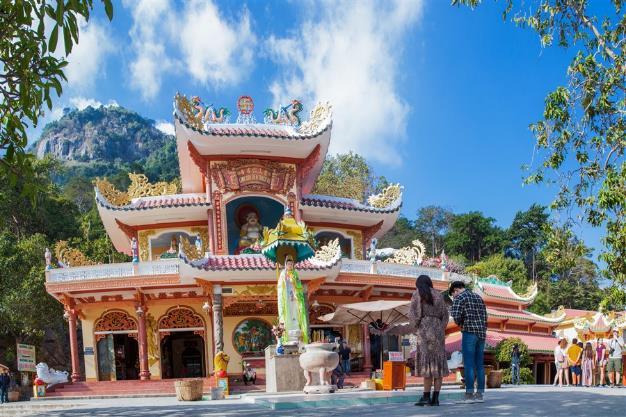 Vì sao Núi Bà trở thành điểm đến linh thiêng nhất Nam Bộ - Ảnh 5.