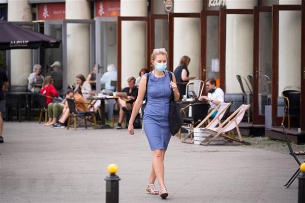 Dịch Covid-19 đến ngày 30/7: Thế giới có hơn 17 triệu người mắc bệnh - Ảnh 3.