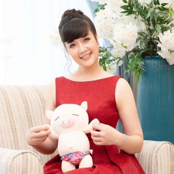 Nghệ sĩ hài Vân Dung: Thi Hoa hậu cùng để cổ vũ chị gái nhưng đậu luôn Top 15 - Ảnh 8.