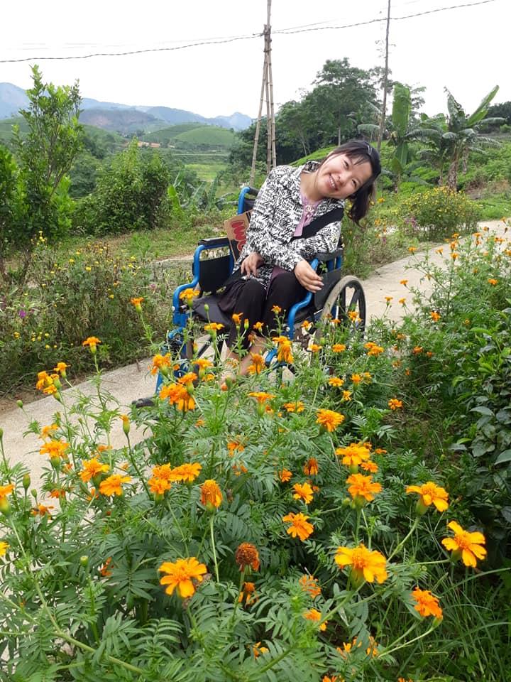 Chuyện về cô gái 29 tuổi ngồi xe lăn, cả thanh xuân gửi hồn vào những bức tranh giấy - Ảnh 9.