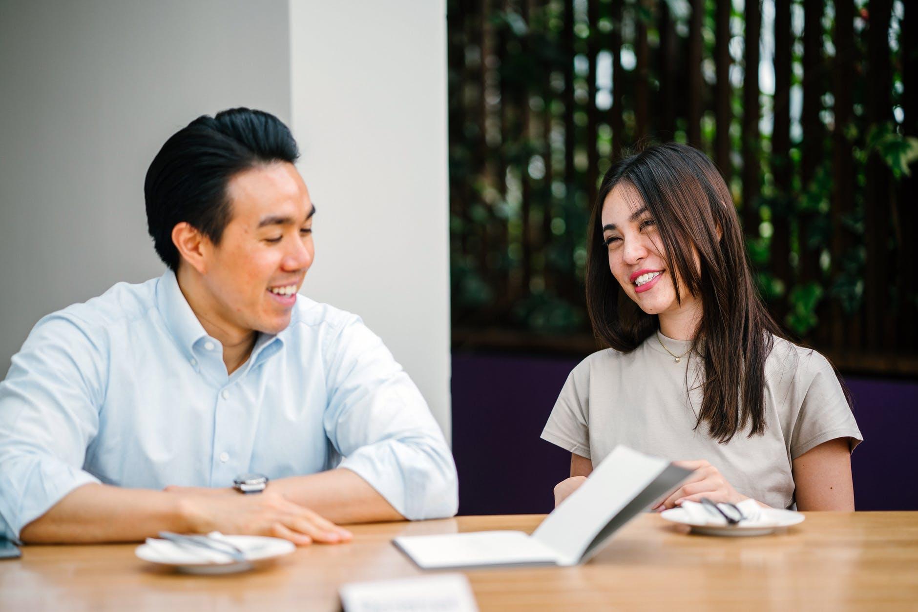 Những người EQ cao thường sở hữu 4 đặc điểm sau, dù chưa xuất sắc trong công việc nhưng đồng nghiệp lẫn sếp vẫn yêu quý hết mực! - Ảnh 3.
