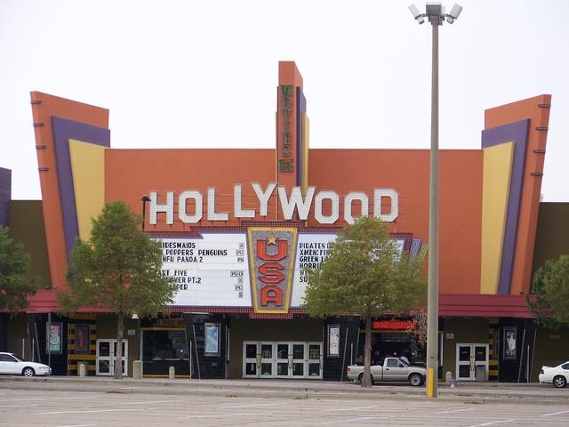 Điện ảnh Hoa Kỳ vẫn u ám vì Covid-19 - Ảnh 1.