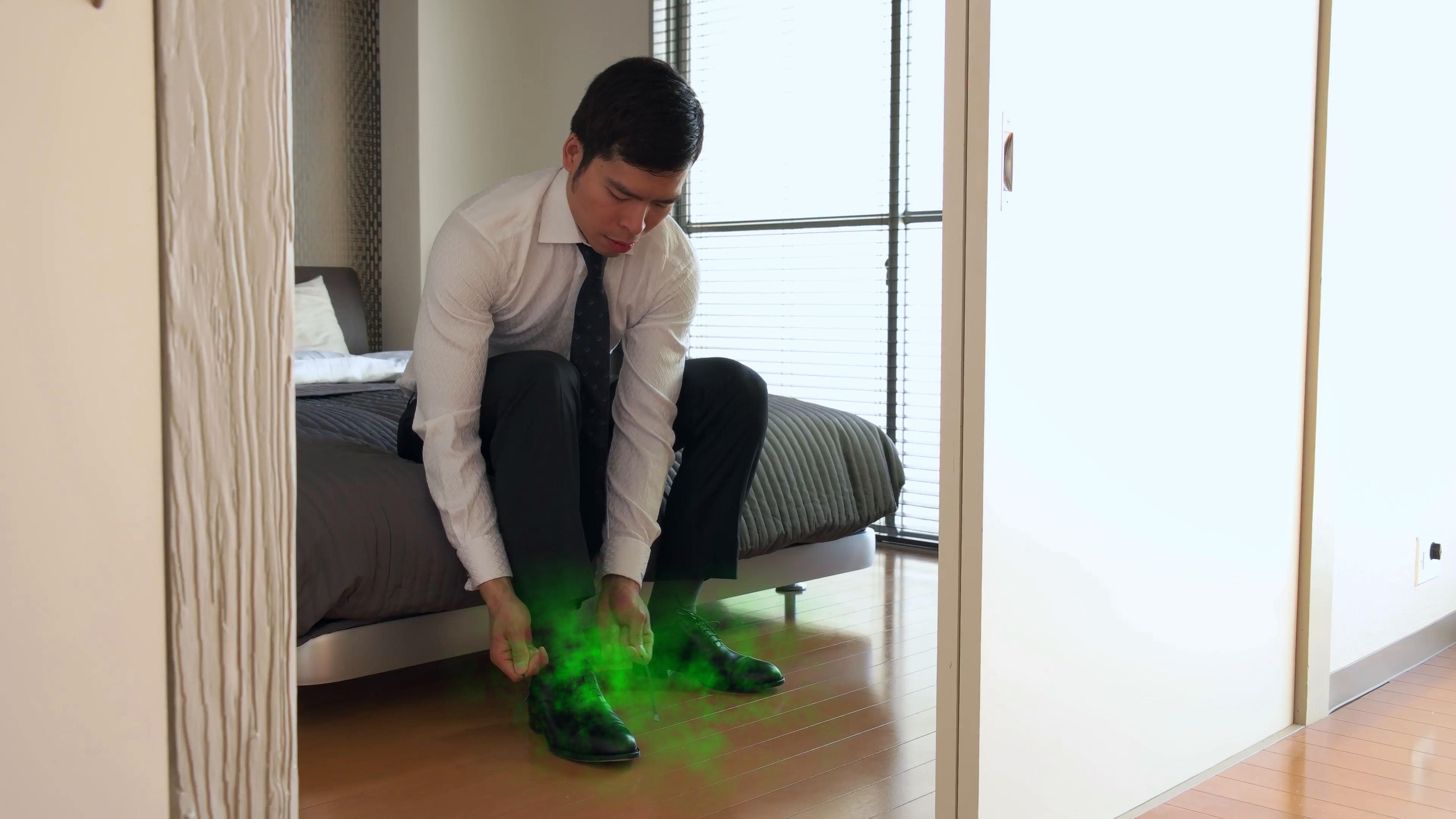 """Tại sao dân công sở Nhật càng làm việc nghiêm túc càng dễ khiến đôi chân nặng mùi """"tỏa hương bát ngát""""? - Ảnh 2."""