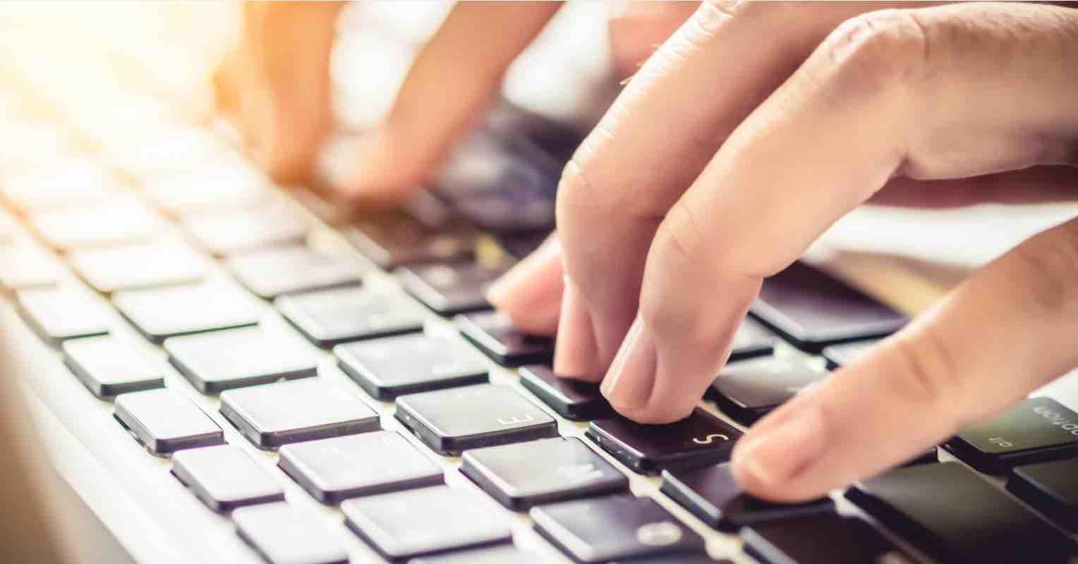 Sống gần nửa đời người tôi mới biết vì sao bàn phím máy tính không sắp xếp theo thứ tự ABC, lý do cực kỳ thú vị! - Ảnh 2.