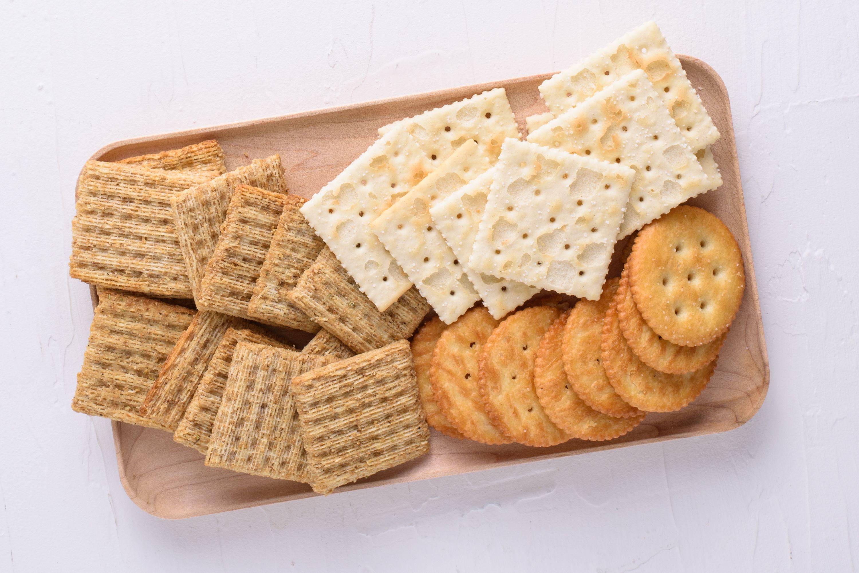 Những loại thực phẩm nên và không nên ăn để bảo vệ sức khỏe răng miệng - Ảnh 4.
