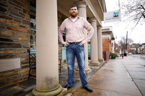 """Bé trai lọt lòng với cân nặng 7,4kg từng khiến nước Mỹ """"phát cuồng"""" giờ ra sao sau khi luôn được săn đón trong hơn 3 thập kỷ? - Ảnh 5."""