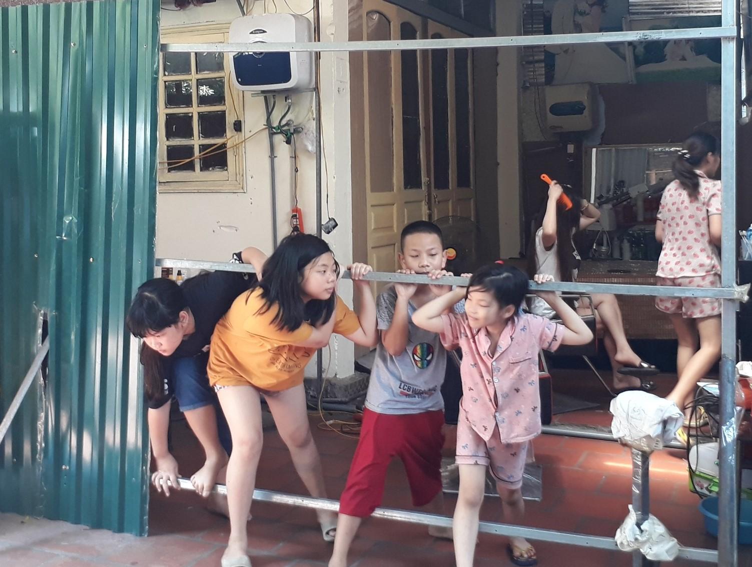 Hoàng Mai, Hà Nội: Ngang nhiên xâm phạm chỗ ở của người khác - Ảnh 2.