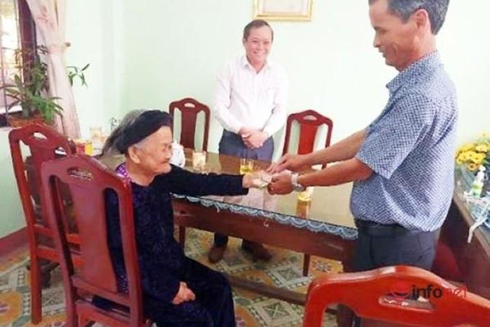 Mẹ Việt Nam anh hùng 94 tuổi 2 lần góp tiền tiết kiệm ủng hộ phòng, chống dịch Covid-19 - Ảnh 1.
