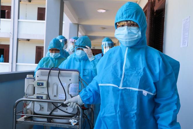 Bệnh nhân Covid-19 thứ 6 ở Hà Nội phải xét nghiệm PCR 3 lần mới dương tính - Ảnh 1.