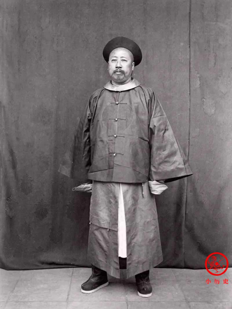 Loạt ảnh thật các vị quan văn võ cuối triều nhà Thanh dưới ống kính của nhiếp ảnh gia phương Tây - Ảnh 7.