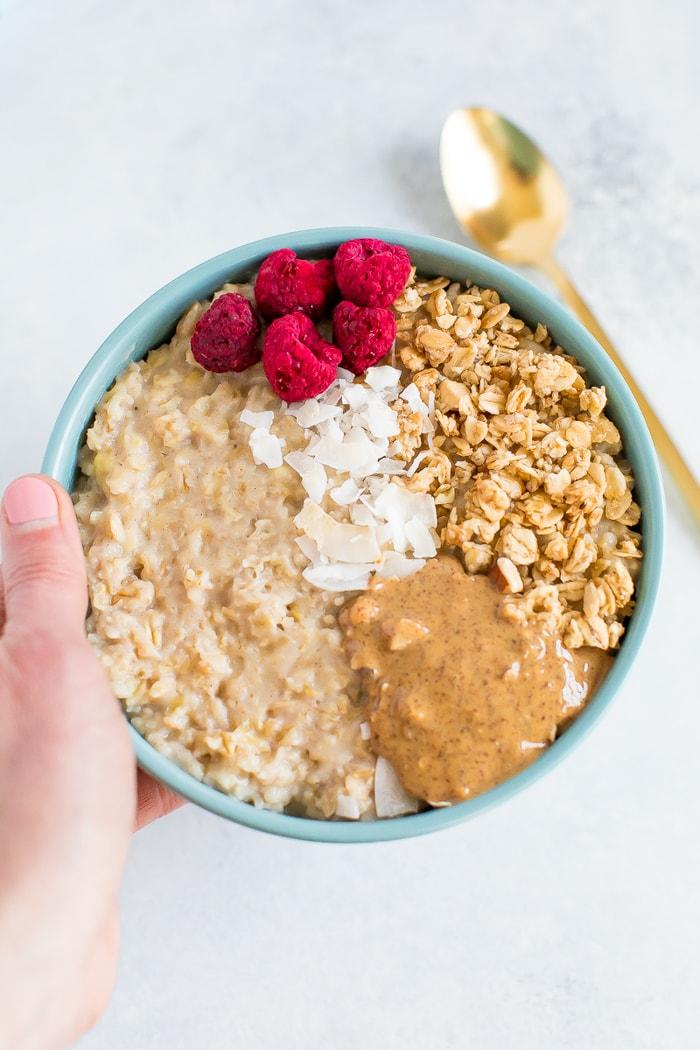 Ăn 5 loại thực phẩm này vào bữa sáng thì các chị em chẳng lo tích mỡ bụng, body luôn thon thả - Ảnh 3.