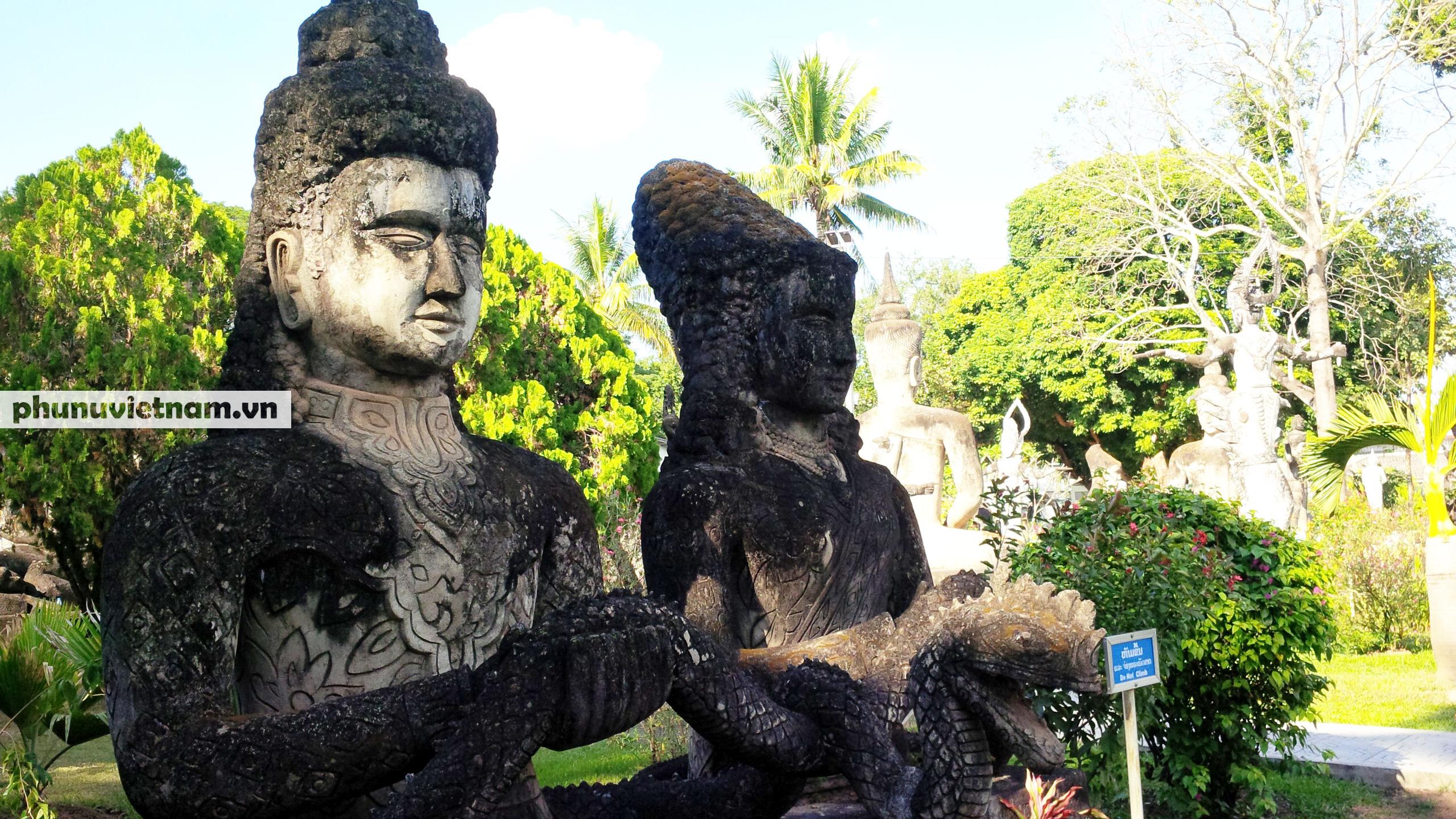 Độc đáo những bức tượng rắn trong các ngôi chùa ở Thủ đô Viêng Chăn - Ảnh 11.