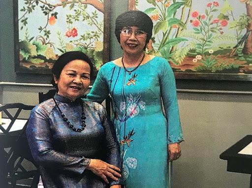 Mẹ con nghệ nhân Nguyễn Thị Phiên - Đỗ Thị Phương Nhi