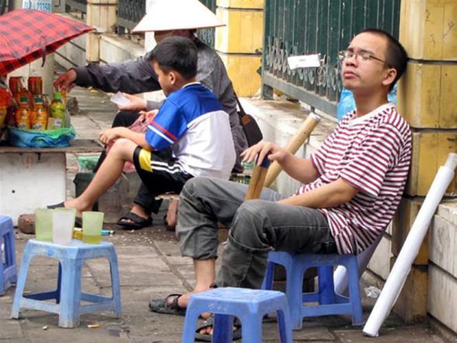 Người Việt thích hút thuốc lào không chỉ dịp lễ Tế , thuốc lào có hại như thuốc lá không? - Ảnh 4.