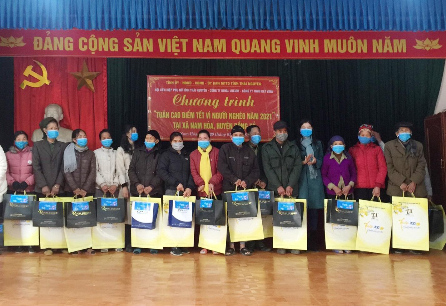 Hội LHPN tỉnh Thái Nguyên mang Tết đến cho người nghèo  - Ảnh 2.