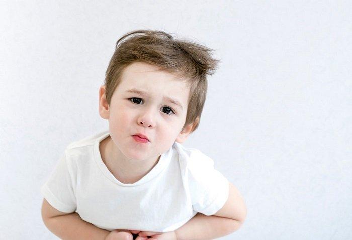 Ngộ độc thực phẩm ở trẻ em: Nguyên nhân, dấu hiệu, cách xử lý và phòng tránh - Ảnh 1.