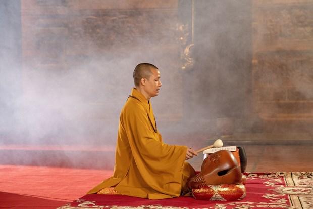 Cầu nguyện như nào cho đúng khi lễ chùa, chiêm bái chốn tâm linh? - Ảnh 2.