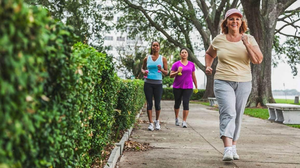 Lưu ý khi tập luyện dành cho người bị cao huyết áp - Ảnh 3.