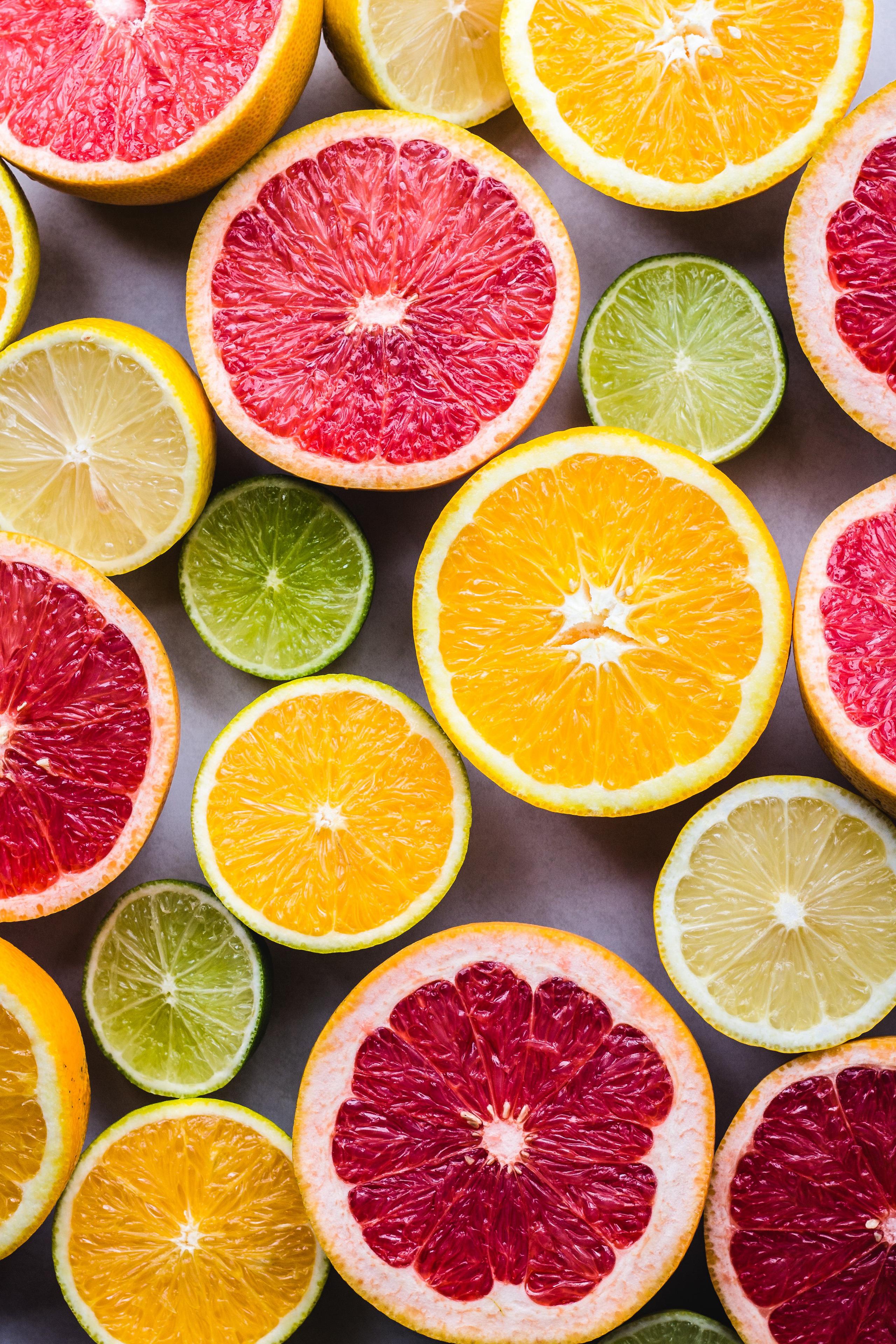 Chuyên gia khuyên chị em ăn 7 loại quả này vào buổi sáng để giảm cân, giữ eo thon bền vững - Ảnh 2.