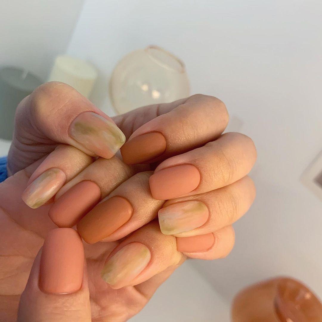 Nàng công sở muốn diện nail thì hãy tham khảo ngay 11 mẫu vừa xinh vừa sang, không sợ quá lố - Ảnh 5.