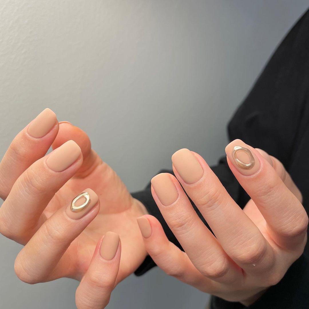 Nàng công sở muốn diện nail thì hãy tham khảo ngay 11 mẫu vừa xinh vừa sang, không sợ quá lố - Ảnh 4.