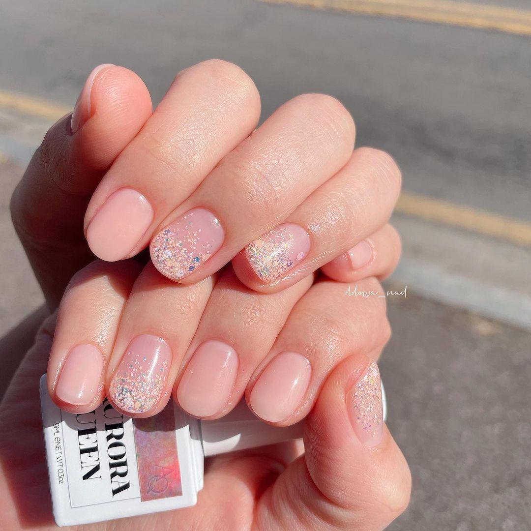 Nàng công sở muốn diện nail thì hãy tham khảo ngay 11 mẫu vừa xinh vừa sang, không sợ quá lố - Ảnh 2.
