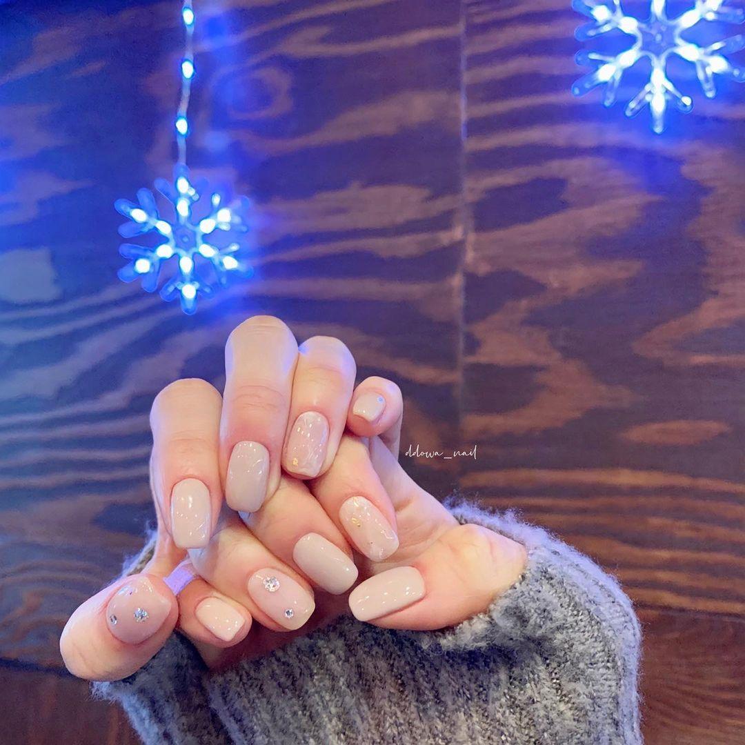 Nàng công sở muốn diện nail thì hãy tham khảo ngay 11 mẫu vừa xinh vừa sang, không sợ quá lố - Ảnh 8.