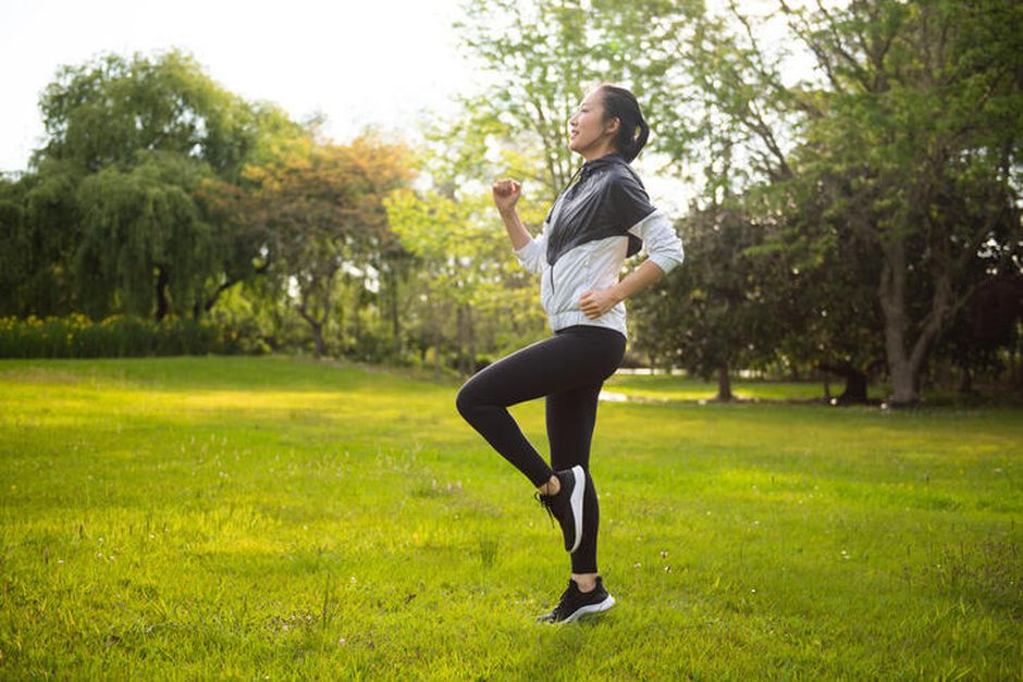 Sai lầm khi tập thể dục mùa hè khiến vừa khó giảm cân vừa dễ gặp chấn thương - Ảnh 3.