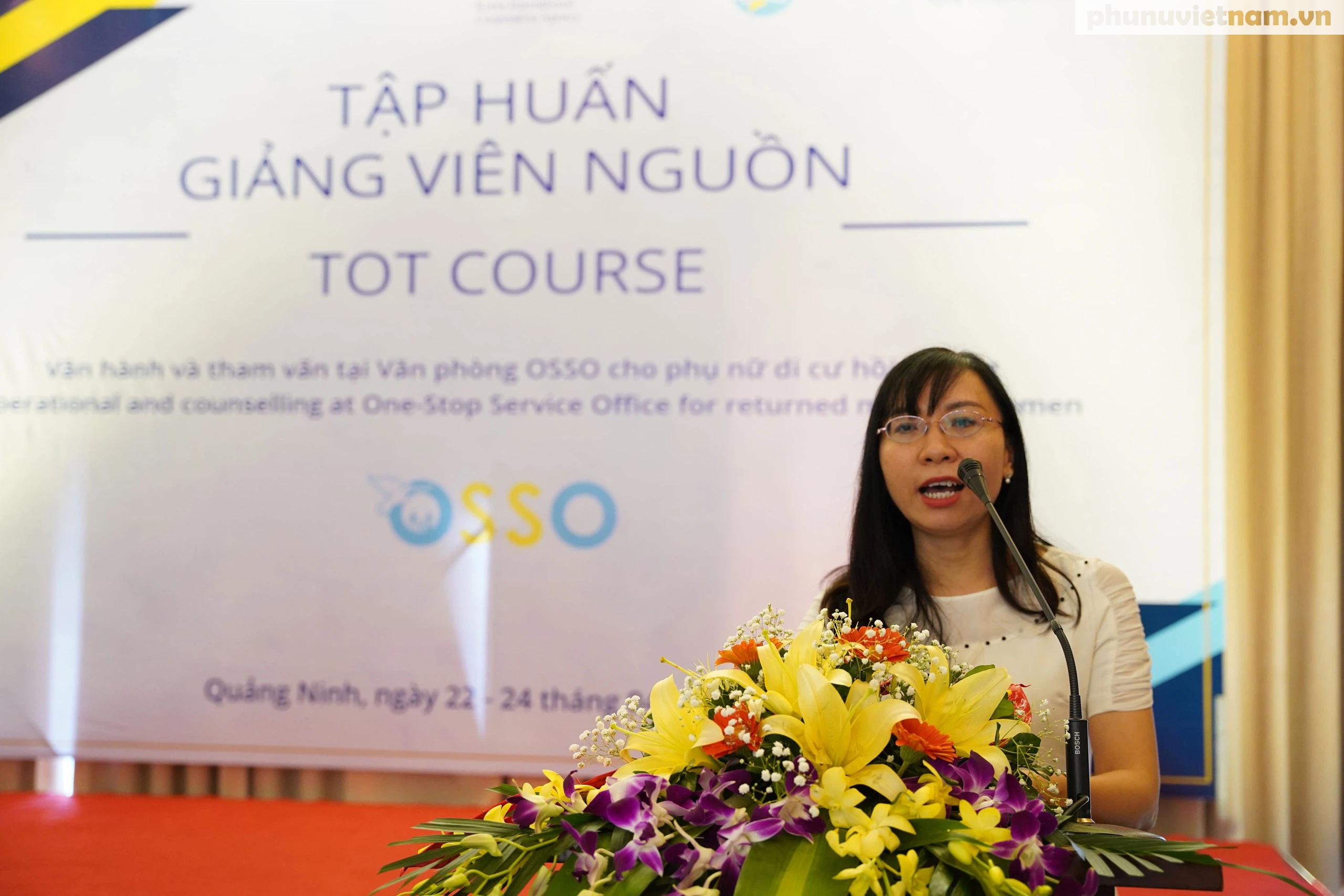Cán bộ Hội LHPN ở 5 tỉnh, thành phố tham gia tập huấn về tham vấn cho phụ nữ di cư hồi hương - Ảnh 4.