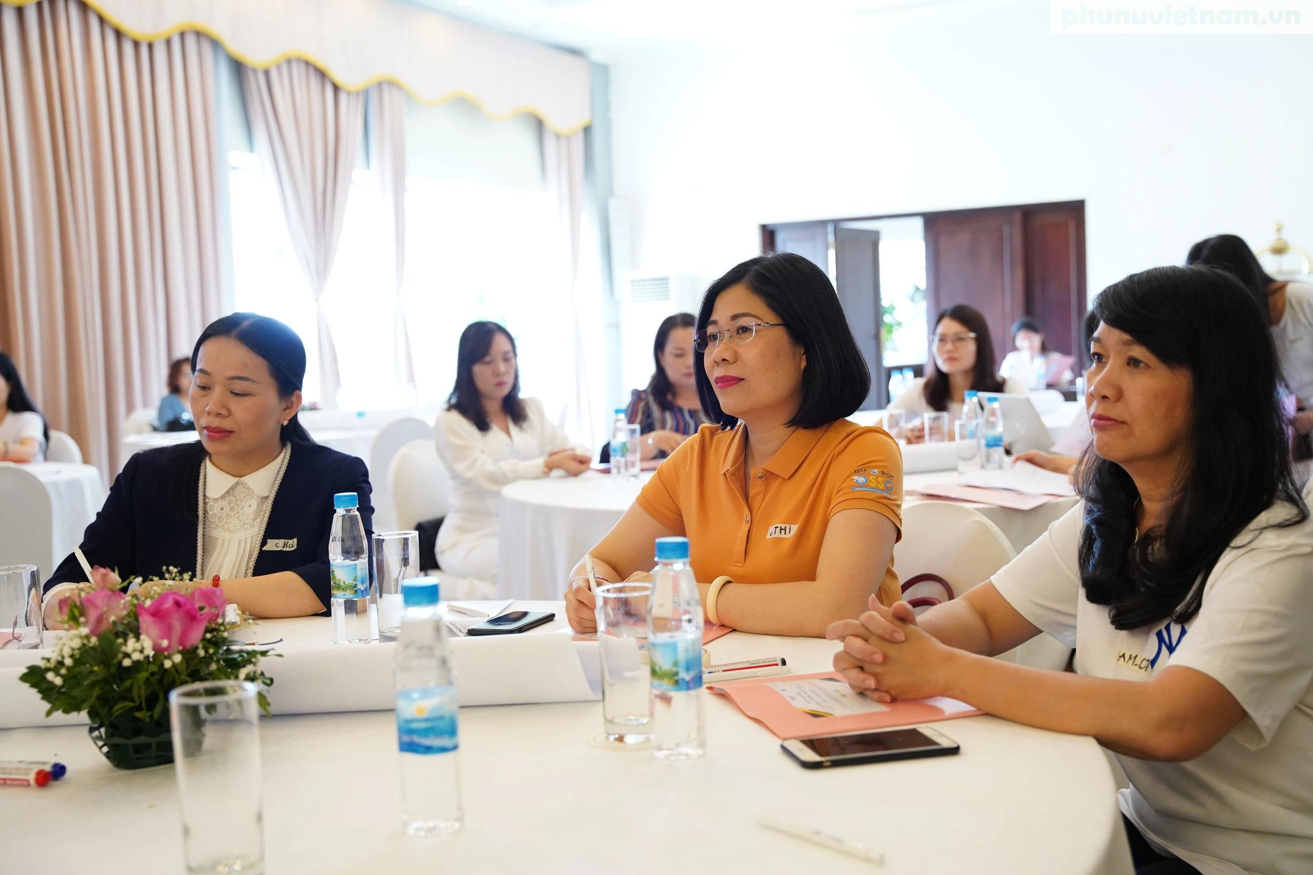 Cán bộ Hội LHPN ở 5 tỉnh, thành phố tham gia tập huấn về tham vấn cho phụ nữ di cư hồi hương - Ảnh 6.